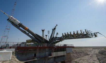 Rusia prepara para el despegue de la nueva Soyuz MS