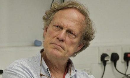 Muere por causas desconocidas Gavin Macfadyen, director de WikiLeaks
