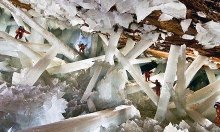 Científicos descubren microbios en las Cuevas de Naica en México