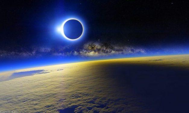 Newsweek: Están tratando el Eclipse como si se tratara del Fin del mundo
