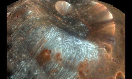La NASA capta la pequeña Luna de Marte