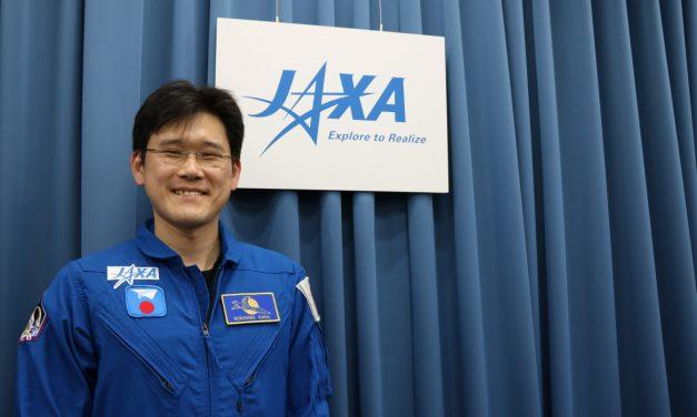 Astronauta asegura haber crecido 9 centímetros en tres semanas en el Espacio
