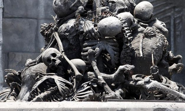 """Crean """"obras de Arte"""" con restos Humanos"""