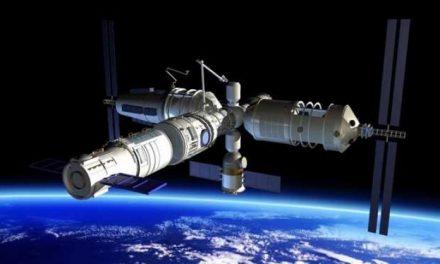Astrónomo capta Estación Espacial que caerá a la Tierra